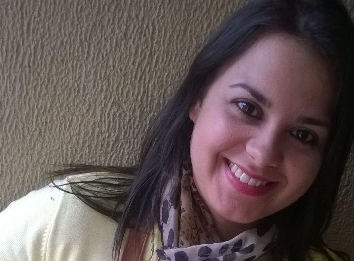 Josiane Garcia: lucro de R$ 3.700 vendendo adesivos de unhas