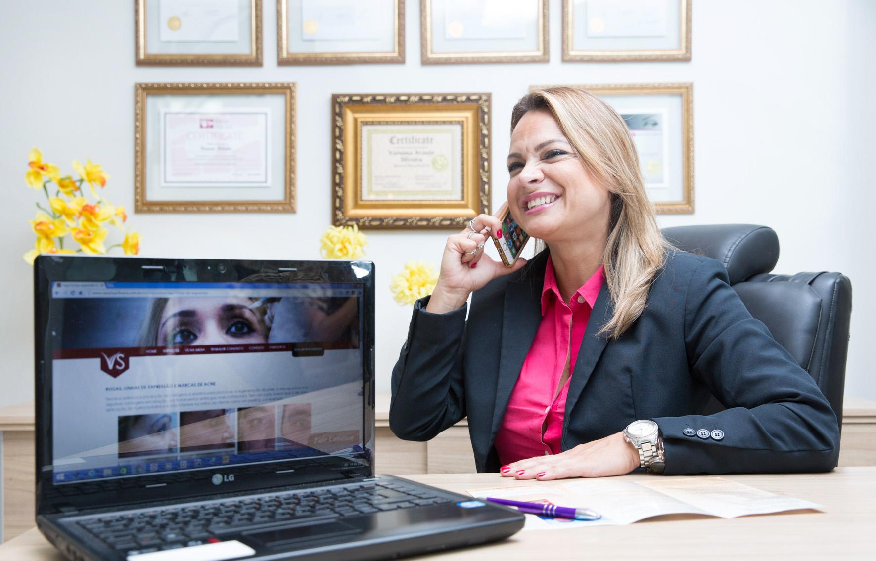 """""""O segredo do bom empreendedor é adquirir conhecimento"""", revela Vanessa Silveira, dona de rede de franquias"""