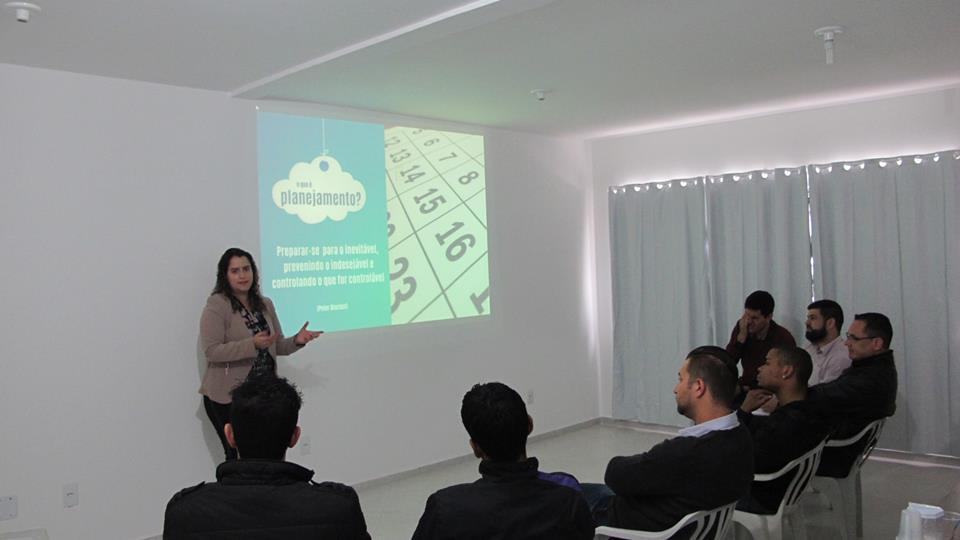 Consultora de negócios, Andressa Urbim aponta dicas para novas empresas
