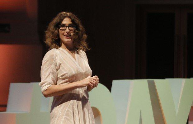 De dívida milionária para o sucesso: conheça a superação de Paola Carosella