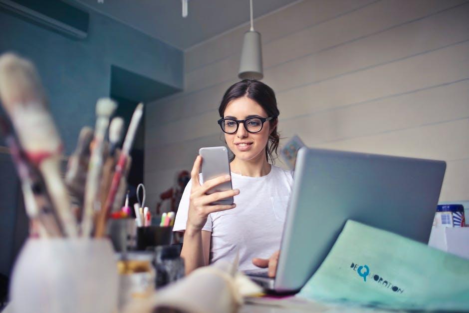Empresas precisam contratar profissionais ou ter acesso às suas habilidades?